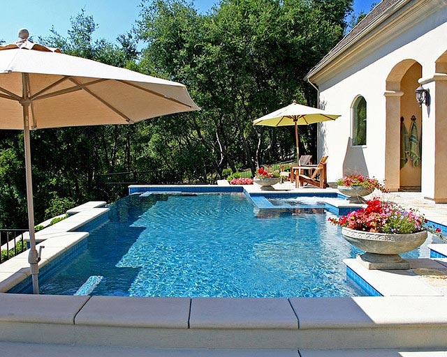 Pool Cleaning Service - Duck NC